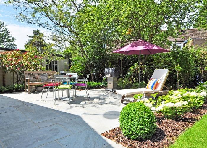Landscaping gardening service highbury